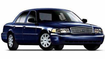Ford Crown Victoria, el de los taxis amarillos de Nueva York y los patrulleros de Estados Unidos.
