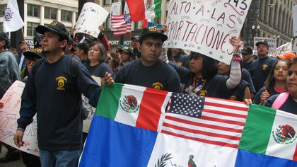 En los EEUU hubo marchas contra la expulsión de latinos indocumentados (Getty)