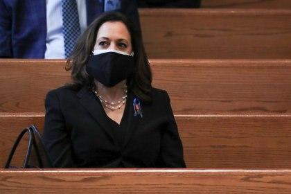 La senadora Kamala Harris durante el funeral del activista de los derechos civiles, John Lewis, en la Ebeneezer Baptist Church de Atlanta, el jueves. Alyssa Pointer/Pool via REUTERS.