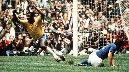 Este Mundial fue el último de Pelé como jugador y significó su tercera estrella conseguida junto a Brasil (Foto: Shutterstock)