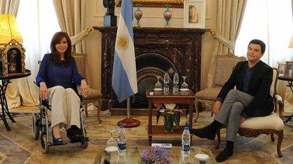 La entonces presidenta Cristina Kirchner y el economista francés Thomas Piketty cuando la visitó en enero de 2015
