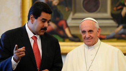 Nicolás Maduro en el Vaticano junto al papa Francisco, en octubre de 2016