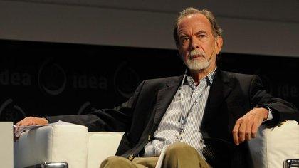 Javier González Fraga, ex presidente del Banco de la Nación, suma complicaciones en la Justicia Federal