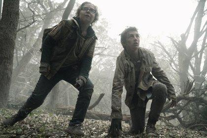La serie tendrá un giro en su trama inesperado. En esta imagen dos incorporaciones: Cooper Dodson como Dylan, y Ethan Suess como Max (Foto: Ryan Green/AMC)