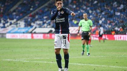 El espectacular gol del Conejito con el que adelantó a Chivas ante Monterrey