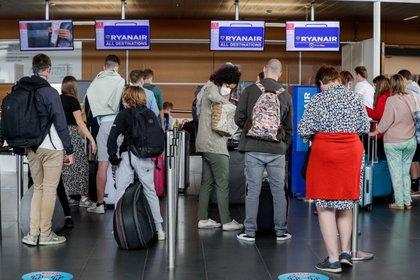 Países como Israel comenzarán a permitir el turismo en mayo (Foto: EFE/EPA/STEPHANIE LECOCQ/Archivo)