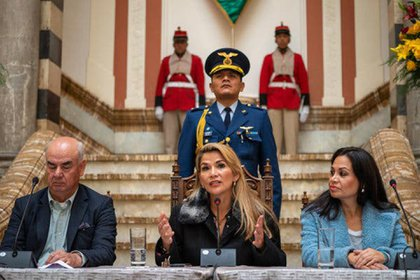 El gobierno de Añez ha pospuesto las elecciones en Bolivia debido a la pandemia (Federico Rios para The New York Times)