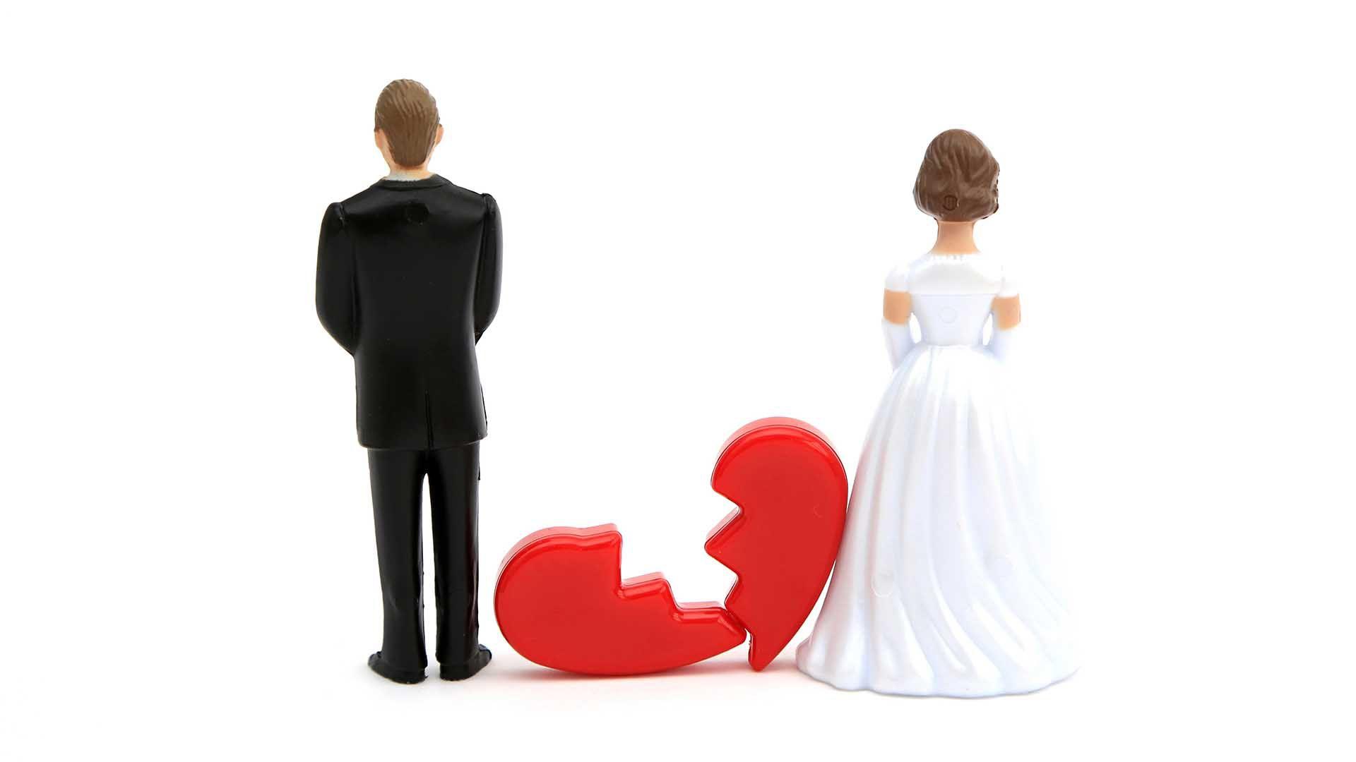"""""""No, no me puedo separar porque estoy enamorado"""", es una de las frases más comunes que se dice (Shutterstock)"""