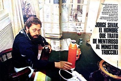 Jorge Sivak, en la revista La Semana, cuando el secuestro de su hermano Osvaldo era uno de los temas más tratados por los medios, a mediados de los 80. (Foto: gentileza del autor del libro)