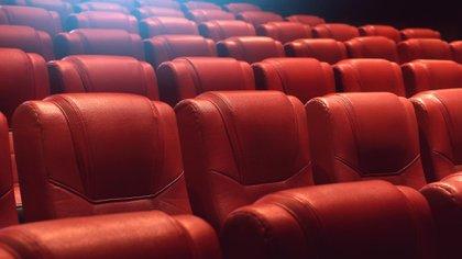 """Salas cerradas y estrenos postergados: """"Es un momento crítico e inédito para la industria del cine"""" (Shutterstock)"""