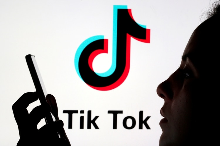 Tik Tok sumó herramientas de control parental (REUTERS/Dado Ruvic/Illustration/File Photo)