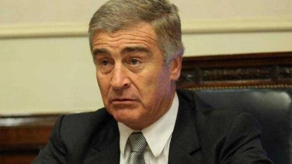 El ministro de defensa Oscar Aguad