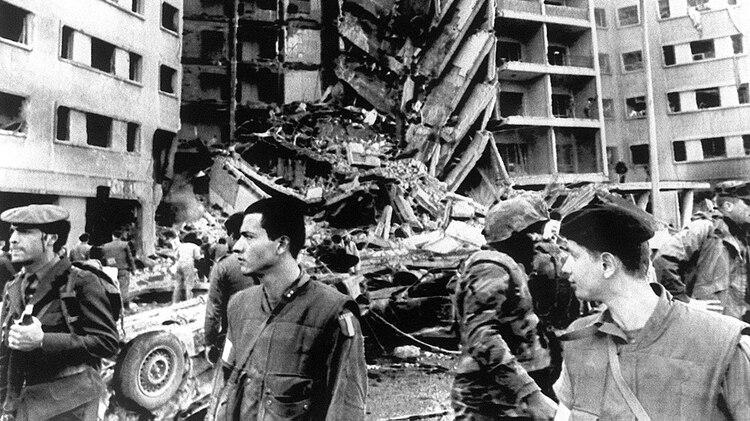 El sitio de la explosión de que destruyó la embajada de Estados Unidos en Beirut en 1983, matando a 241 marines estadounidenses y 54 paracaidistas franceses