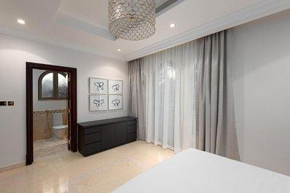 Flash de una de las habitaciones, también con baño privado (worldwidelux)