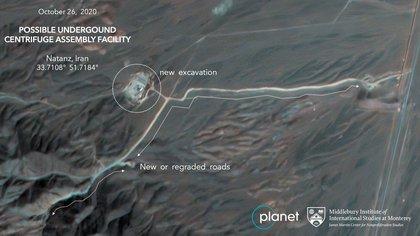 Obras en la planta iraní de enriquecimiento de uranio de Natanz que según los expertos podría ser una  planta subterránea de ensamblaje de centrifugadoras avanzadas. (Planet Labs Inc. vía AP)