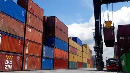 Las licencias de importación o de exportación ocurrirán sólo cuando no haya otro instrumento posible