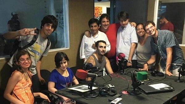 Los radiómanos, una tribu de jóvenes apasionados por la radio