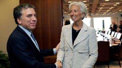El ministro Nicolás Dujovne junto a Christine Lagarde, directora del FMI(Reuters)