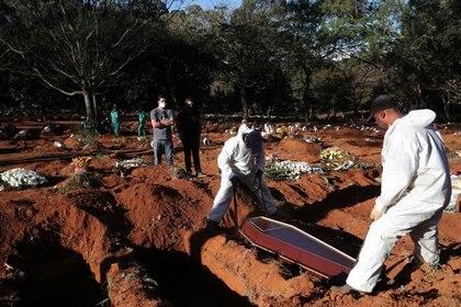 Brasil es el segundo país con más infectados por coronavirus en el mundo (REUTERS/Amanda Perobelli)