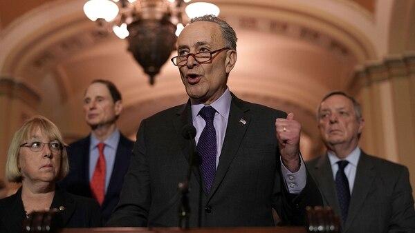 Chuck Schumer, líder demócrata en el Senado de los EEUU, fue defensor de la red social.