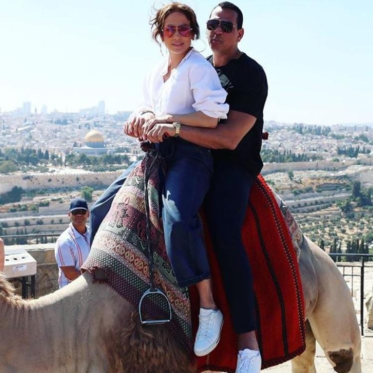 Ya en Israel, la familia no pudo desaprovechar la oportunidad de visitar algunos lugares importantes del Medio Oriente. (Foto: Instagram)