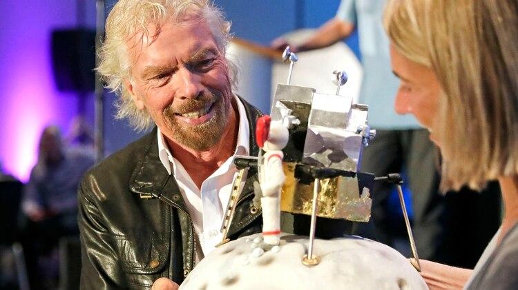El empresario británico se convirtió, con Virgin Galactic, en ser el primero en tener una empresa de turismo espacial que cotiza en la Bolsa de Wall Street (AP Photo/John Raoux)
