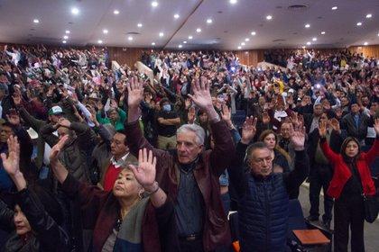 Ante la imposibilidad de realizar reuniones, Morena impuso un límite al número de candidatos a gobernaciones (Foto: Victoria Valtierra / Kurtoscuro)