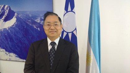 El embajador de Taiwán en Argentina, Antonio Hsieh, dijo que presentó dos informes del coronavirus al Ministerio de Salud