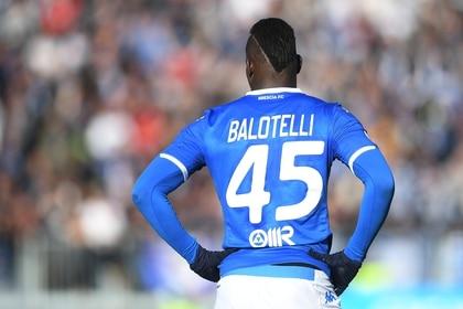 Súper Mario sería baja para el Brescia de cara a los últimos 12 compromisos de la temporada (REUTERS/Daniele Mascolo)