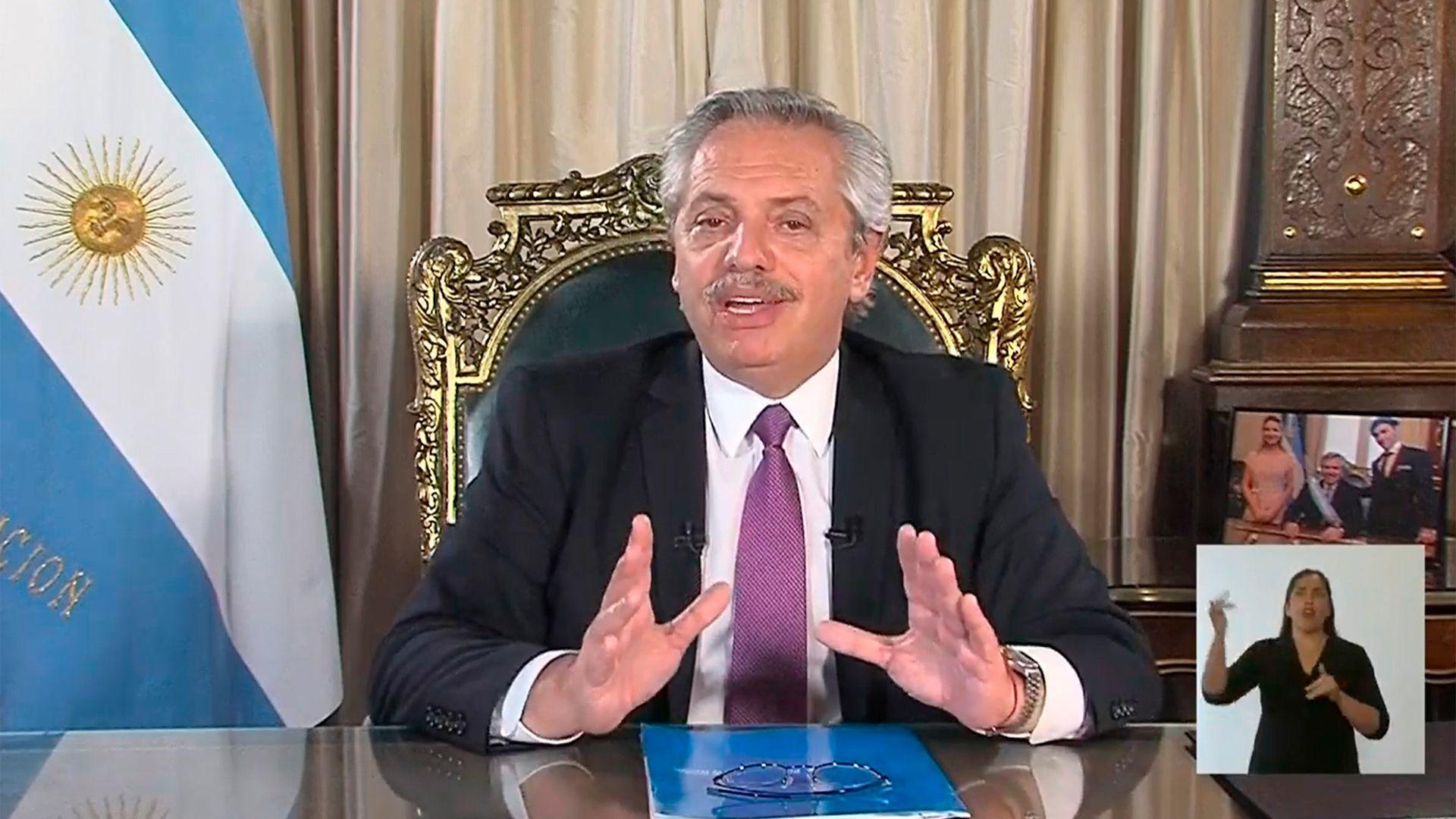 Alberto Fernández resumió el contenido del DNU por cadena nacional (Foto: NA).