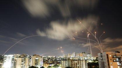 Los grupos terroristas de la Franja de Gaza lanzaron casi 1.500 cohetes hacia Israel desde el lunes