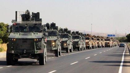 Turquía inició sus operaciones militares contra los kurdos en Siria