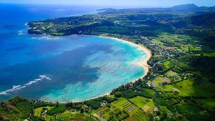 """A Kauai se la conoce como """"la Isla Jardín"""" por el bosque tropical que cubre gran parte de su superficie"""