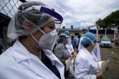 El gremio de médicos y organizaciones defensoras de los derechos humanos han criticado al Gobierno de Nicaragua por realizar actividades similares cada fin de semana, en una actitud contraria a las restricciones recomendadas por los expertos y por la Organización Mundial de la Salud (OMS). EFE/ Jorge Torres/Archivo