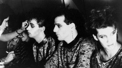 Los Soda Stereo en los camarines de Obras antes de saltar al escenario. (Foto: Andy Cherniavsky)