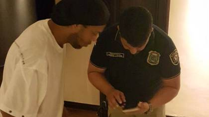 Ronaldinho, en el momento del operativo