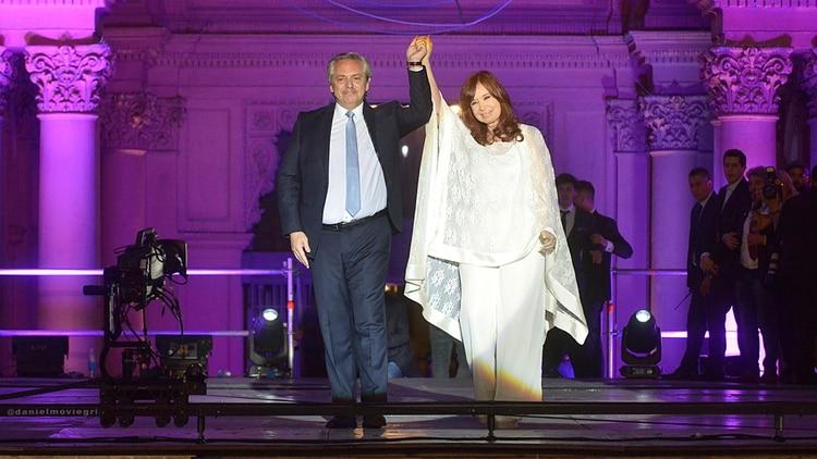 Alberto Fernández y Cristina Fernández de Kirchner en Plaza de Mayo (Gustavo Gavotti)