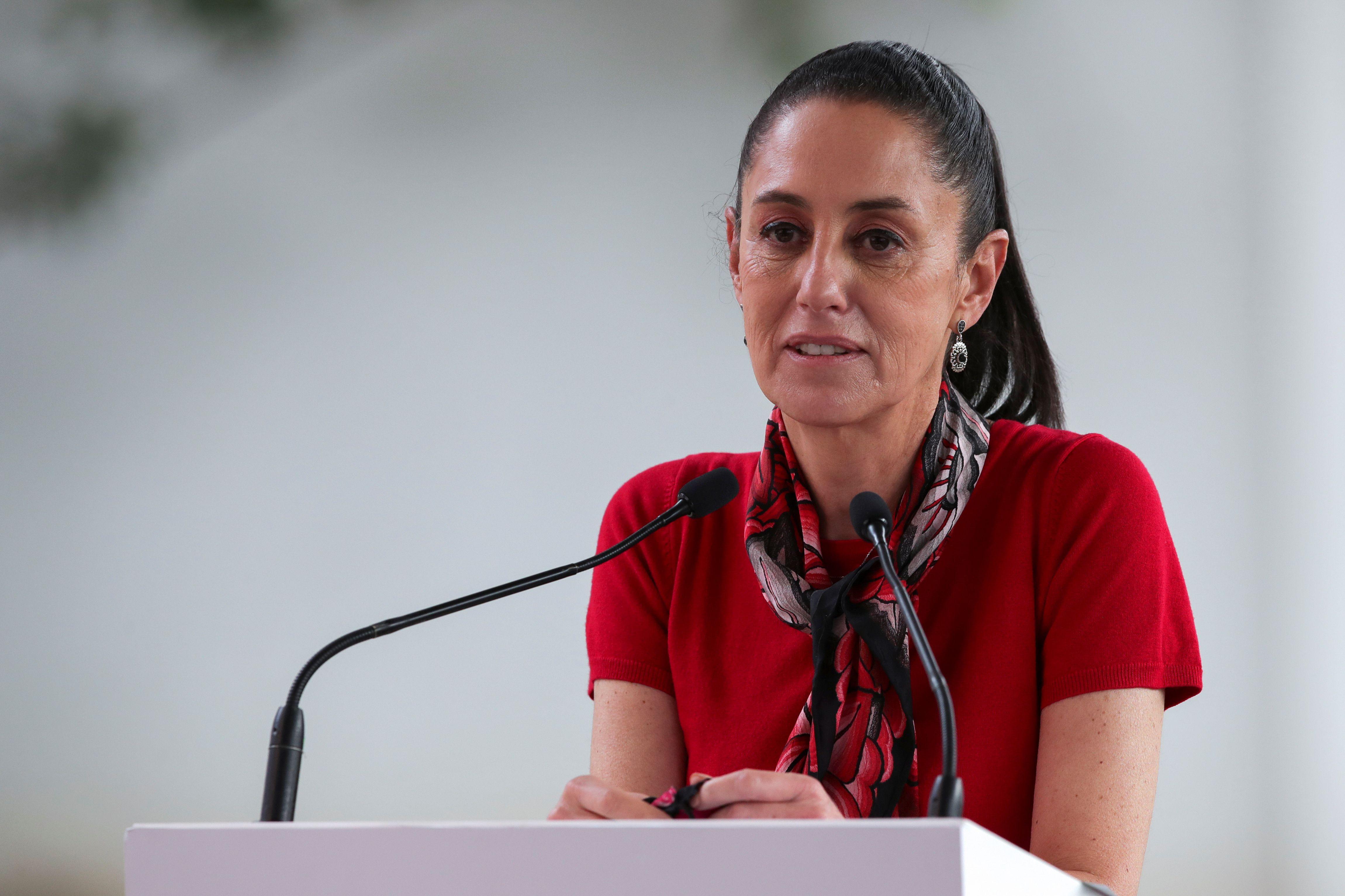 Sheinbaum Pardo aseguró que la decisión se tomó de forma unánime por el Comité de Monumentos y Obras Artísticas en Espacios Públicos (Foto: Reuters / Henry Romero)