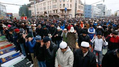 La población musulmana domina barrios enteros de Estocolmo, donde aplica la sharia