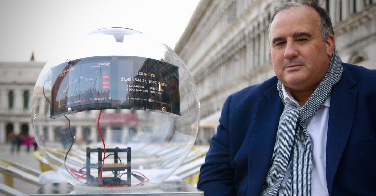 La historia del argentino que hizo una obra de arte con 250 bitcoins auténticos, la vendió en 2019 y hoy vale más de USD 8 millones