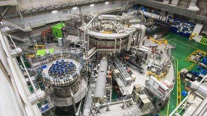 El KSTAR logró mantener la energía creada por fusión nuclear, que es lo que hacen las estrellas como el Sol (KFE)