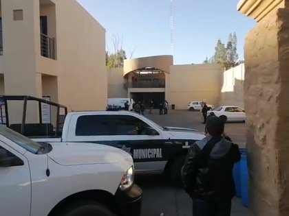 Un compañero de Germán Fierro se percató del hecho entre las 06:40 horas de la mañana y lo reportó a las autoridades (Foto: Twitter@HiramGonzalez29)