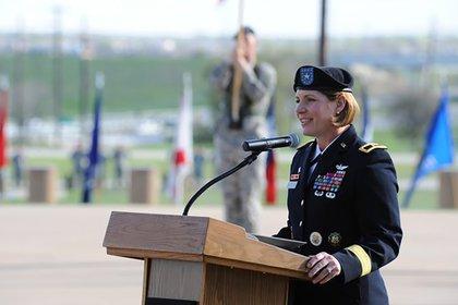 Laura Richardson podría convertirse en la primera mujer en dirigir el Comando Sur de EEUU (U.S. Army)
