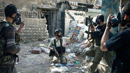 Una brigada rebelde en combate AFP 163
