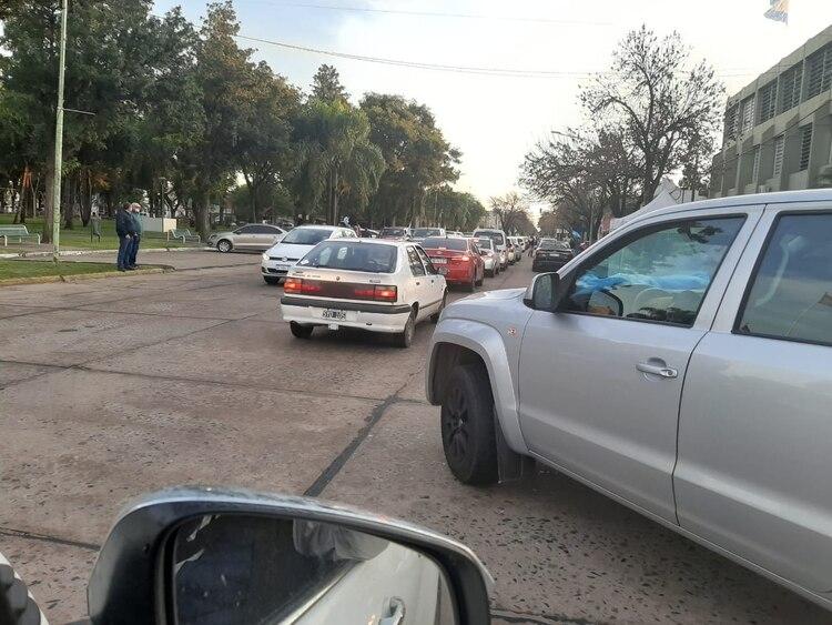 Cientos de autos se manifestaron en la ciudad en la que nació la empresa