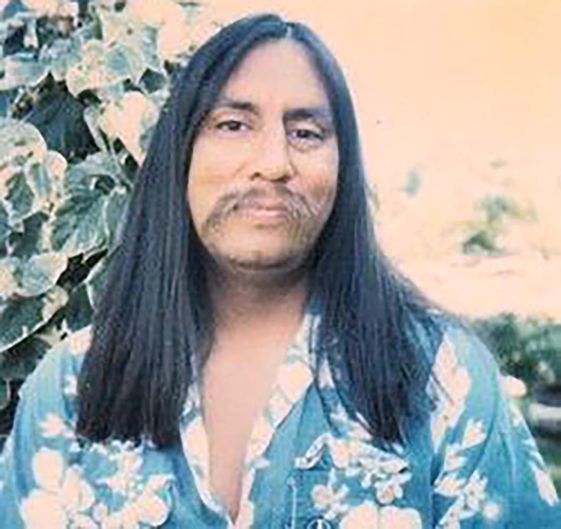 Gregory, adoptado a los siete meses, era un indio cheyenne-blackfoot