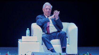 Mario Vargas LLosa, el último premio Nobel de Literatura lationamericano, en 2010