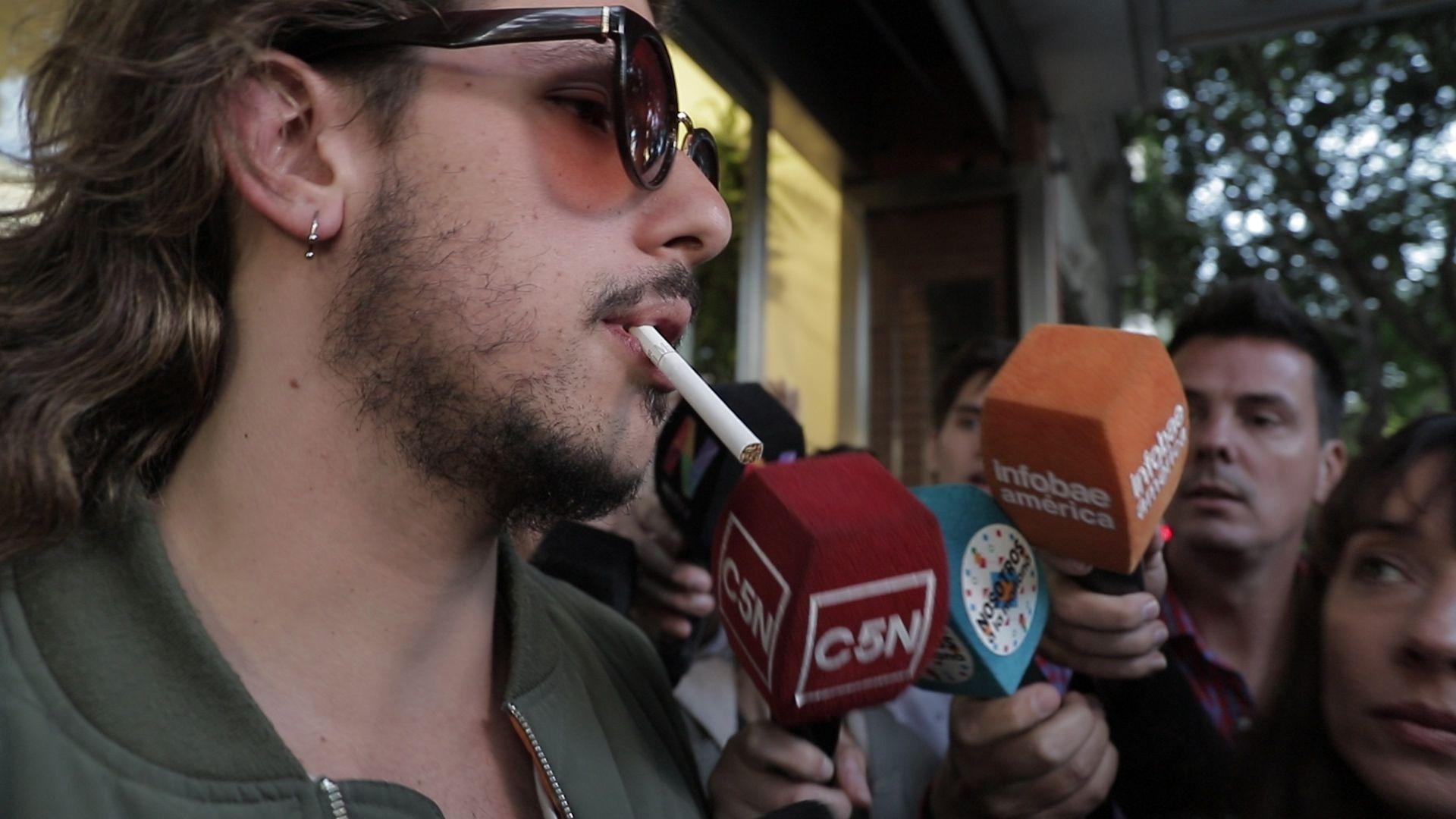 Caótico: Eguillor en su gira de medios por Palermo, tras su explosión pública (Lihuel Althabe)