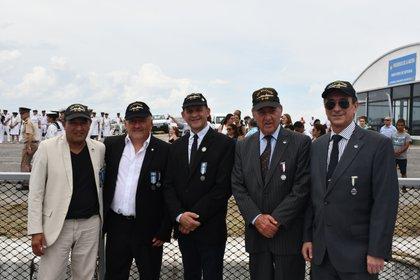 "Héroes de Guerra, del viejo ""ARA Bouchard"""