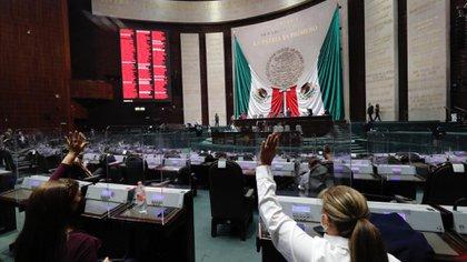 En San Lázaro se realizó una ligera modificación a la iniciativa para garantizar el debido proceso en suspensiones de permisos a empresas (Foto: Cortesía Cámara de Diputados)